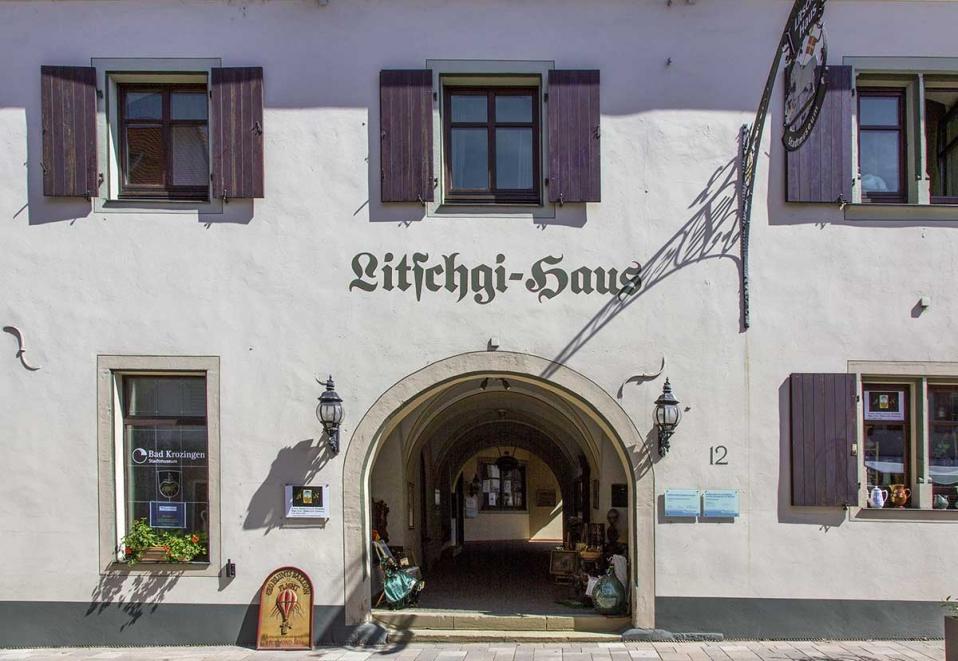 Das Litschgihaus: Die Familie ist im 17. Jahrhundert aus den Savoyen eingewandert und war einebedeutende Handelsfamilie im Breisgau.