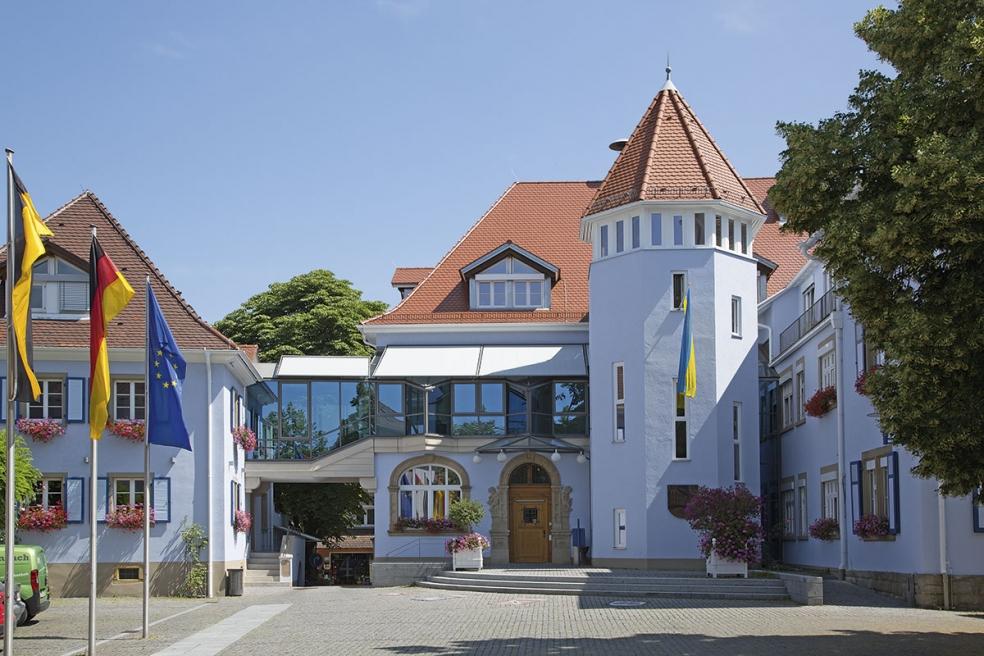 Stadt mit Charme: Hier das Rathaus.